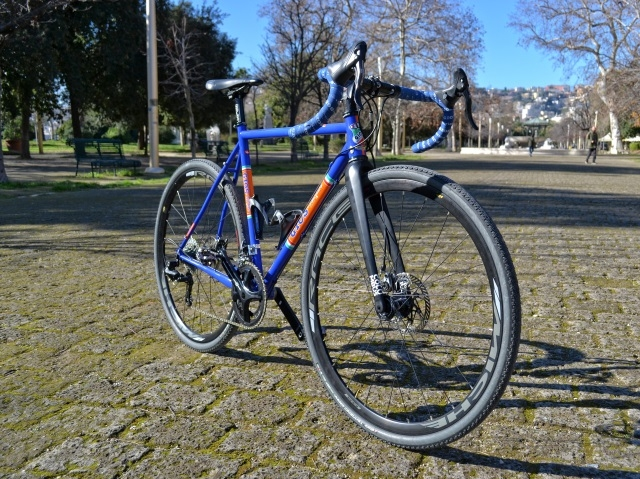 14582-Gios-Foxes-Land-gravel-133